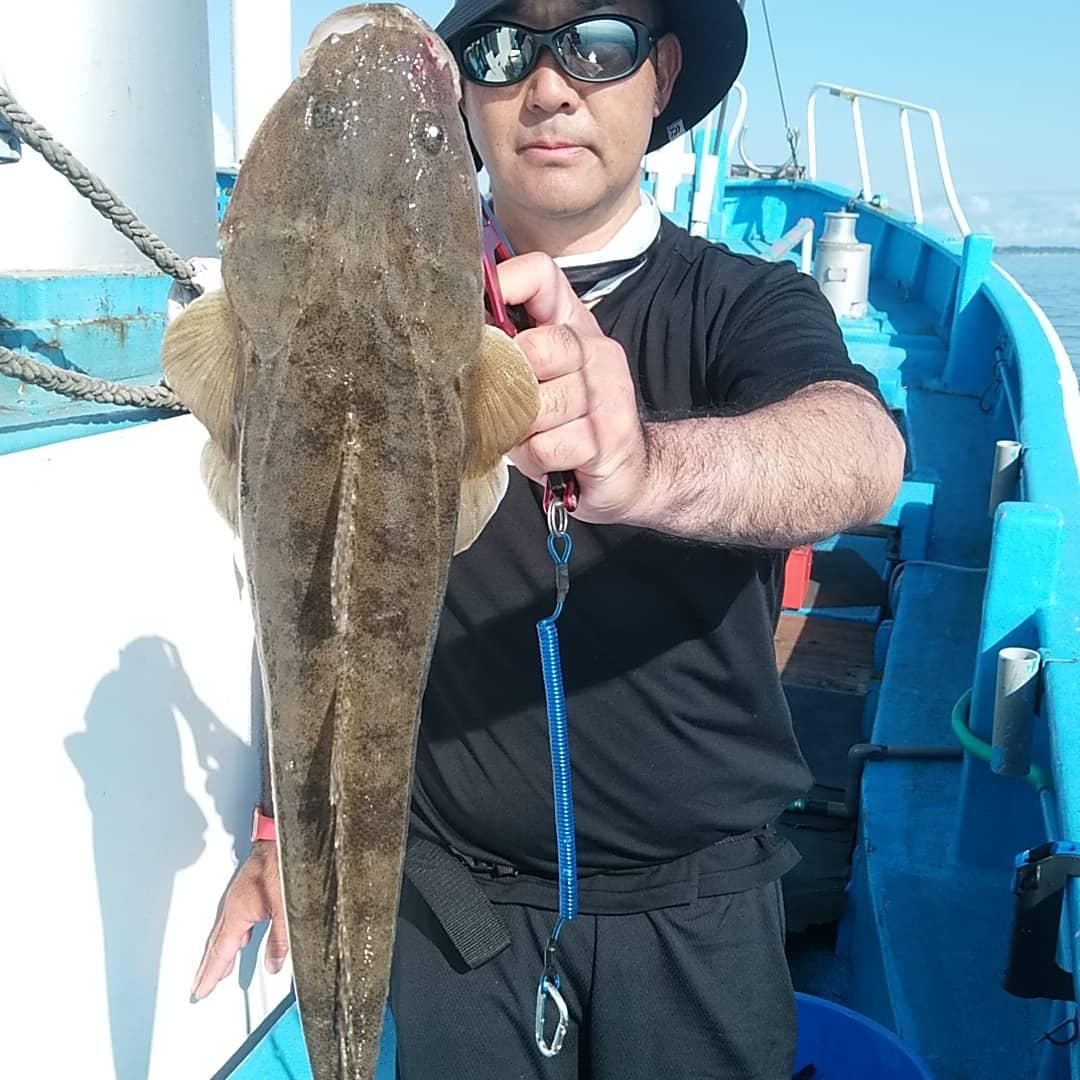 朝イチに3.7kgと3.5kgの大鯛獲りました。